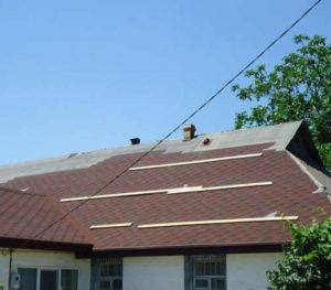 Как проводится замена шифера на металлочерепицу на крыше дома