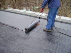 Как правильно покрыть крышу гаража Технониколем своими руками