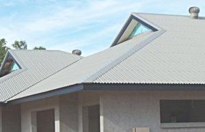 Чем и какой краской покрасить шиферную крышу