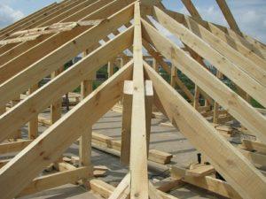 Как сделать четырехскатную крышу своими руками