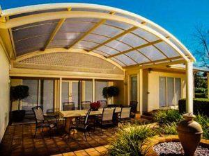 Какой поликарбонат для крыши террасы лучше выбрать