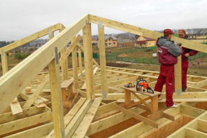 Устройство и монтаж стропильной системы шатровой крыши